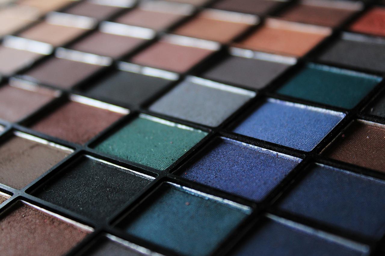 Czy warto używać kosmetyków mineralnych?